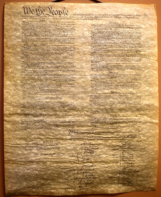 a review of the united states constitution This right shall be construed in conformity with the 4th amendment to the united states constitution, as interpreted by the united states supreme court articles or information obtained in violation of this right shall not be admissible in evidence if such articles or information would be inadmissible under decisions of the united states supreme.